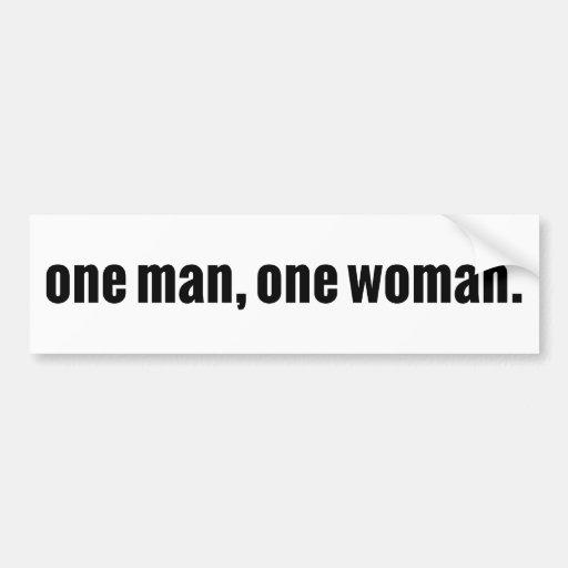 Un hombre, una mujer etiqueta de parachoque