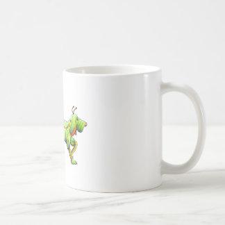 un hombre y su copia dogerpillar taza