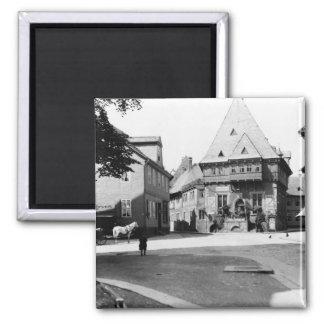 Un hotel viejo en la plaza, Goslar, c.1910 Iman De Frigorífico