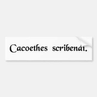 Un impulso insaciable de escribir etiqueta de parachoque