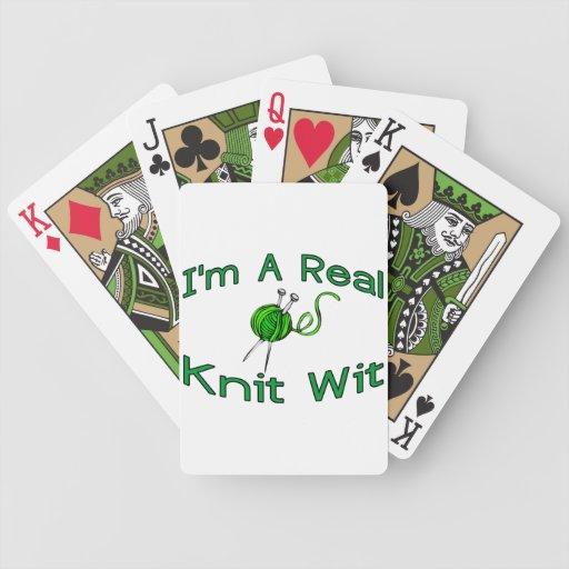 Un ingenio de punto real baraja cartas de poker