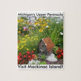 Un jardín de flores de la isla de Mackinac Puzzles Con Fotos