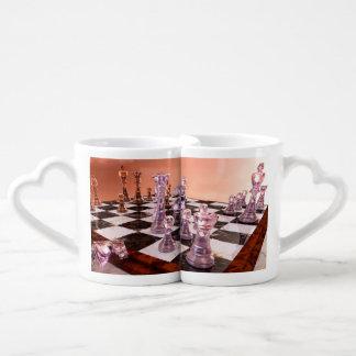 Un juego del ajedrez tazas para parejas