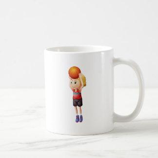 Un jugador de básquet de sexo masculino joven taza básica blanca