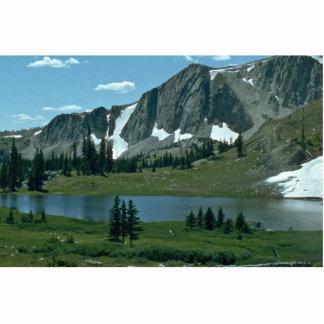 Un lago en la montaña escultura fotográfica