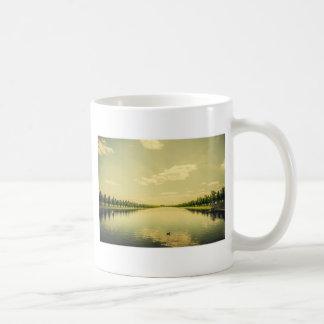 Un lago largo real taza clásica