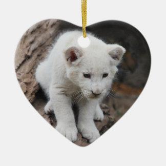 Un león lindo del blanco del bebé adornos de navidad