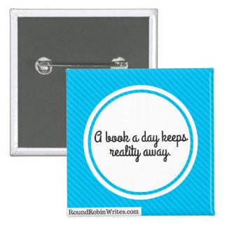 Un libro al día (botón) pin cuadrado