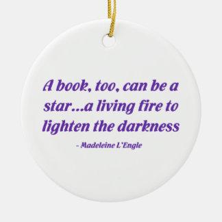 Un libro, también, puede ser una estrella ornatos