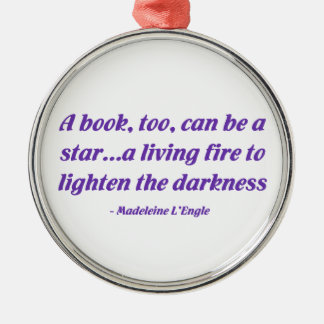 Un libro, también, puede ser una estrella ornamento de navidad