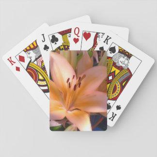 Un lirio anaranjado sombreado hermoso baraja de póquer