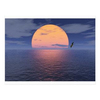 Un lugar espiritual - puesta del sol azul postal