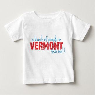 ¡Un manojo de gente en Vermont me ama!! Playera