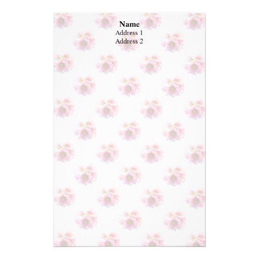 Un manojo de margaritas rosadas papelería