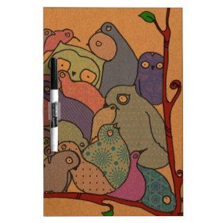 un manojo de pájaros en mosaico azul pizarras blancas