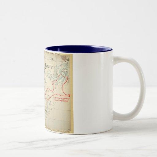 Un mapa auténtico de 1690 piratas (con adornos) taza de café