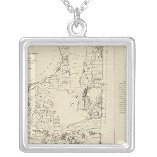 Un mapa topográfico colgante cuadrado