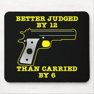 Un mejor probado del arma negro por 12 mouse pads