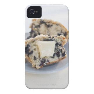 Un mollete del arándano con mantequilla Case-Mate iPhone 4 protector