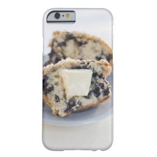 Un mollete del arándano con mantequilla funda de iPhone 6 barely there