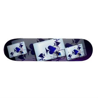 Un monopatín grande del as tabla de skate