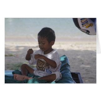 Un muchacho joven del Dayak Tarjeta De Felicitación