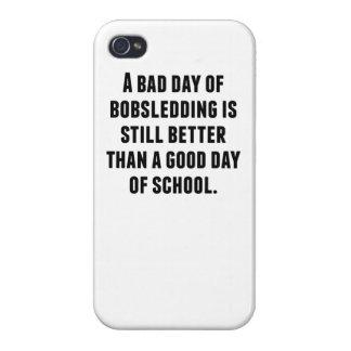 Un mún día de Bobsledding iPhone 4/4S Fundas