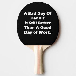 Un mún día de tenis pala de tenis de mesa