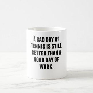 Un mún día de tenis tazas