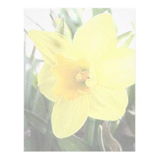 Un narciso amarillo alegre plantilla de membrete