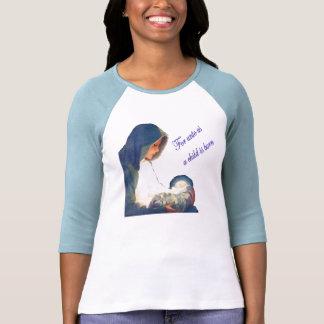 Un niño es 2 nacidos t-shirts
