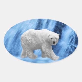 Un oso polar en la cascada congelada pegatina ovalada