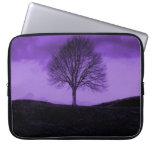 Un paisaje púrpura de la naturaleza de la silueta  mangas portátiles