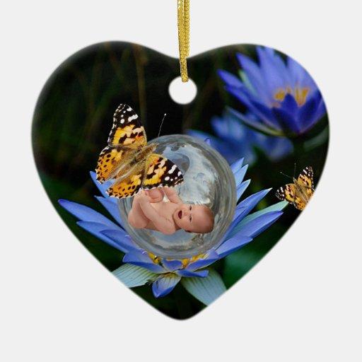 Un paquete del bebé de navidad de la alegría adorno de cerámica en forma de corazón