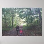Un paseo en las maderas posters