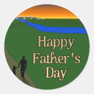 Un paseo reservado del padre y del hijo pegatina redonda