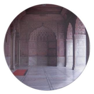 Un pasillo dentro del Jama Masjid Plato