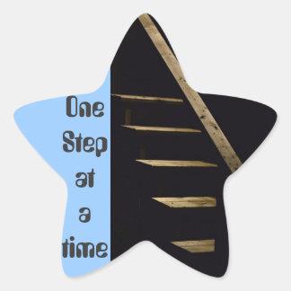 Un paso a la vez pegatina en forma de estrella