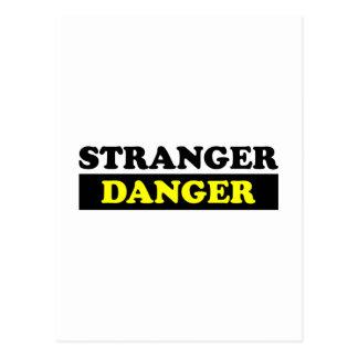 Un peligro más extraño tarjetas postales