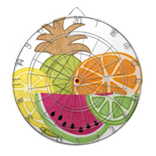 Un pequeño tablero de dardo con sabor a fruta