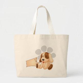 Un perro lindo con una plantilla rectangular vacía bolsas