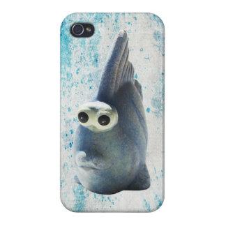 Un pescado divertido lindo con los ojos grandes iPhone 4/4S fundas