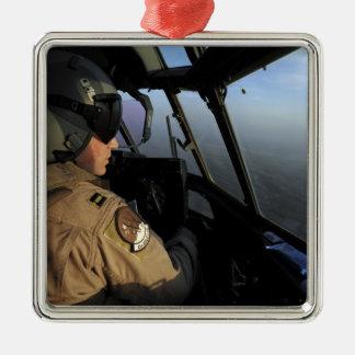 Un piloto de la fuerza aérea de los E.E.U.U.C-130J Adorno Navideño Cuadrado De Metal