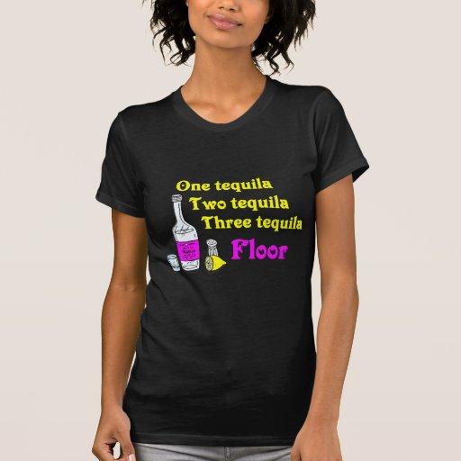 Un piso #2 del Tequila del Tequila tres del T Shirt