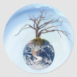 Un planeta del árbol pegatina redonda