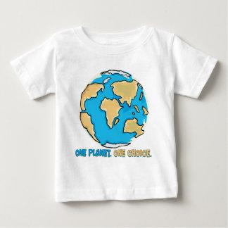 Un planeta, una opción tshirts