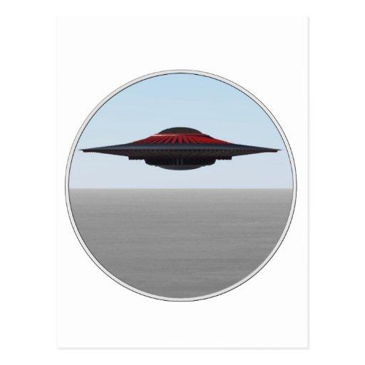 Un platillo volante fresco de la manera tarjetas postales