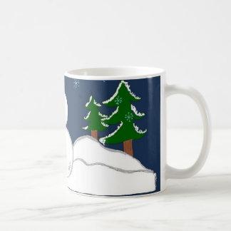 Un poco de muñeco de nieve requerido asamblea taza de café