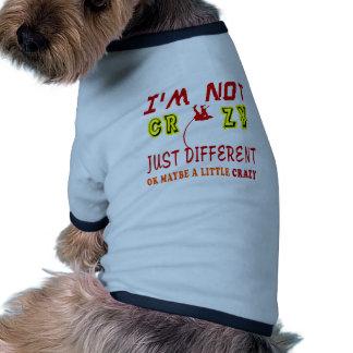 Un poco loco para el salto con pértiga camiseta con mangas para perro