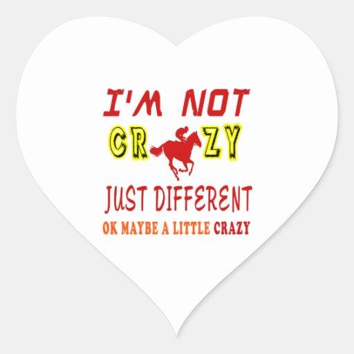 Un poco loco para la carrera de caballos pegatinas corazon personalizadas